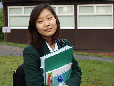 海外留学で英会話力アップ